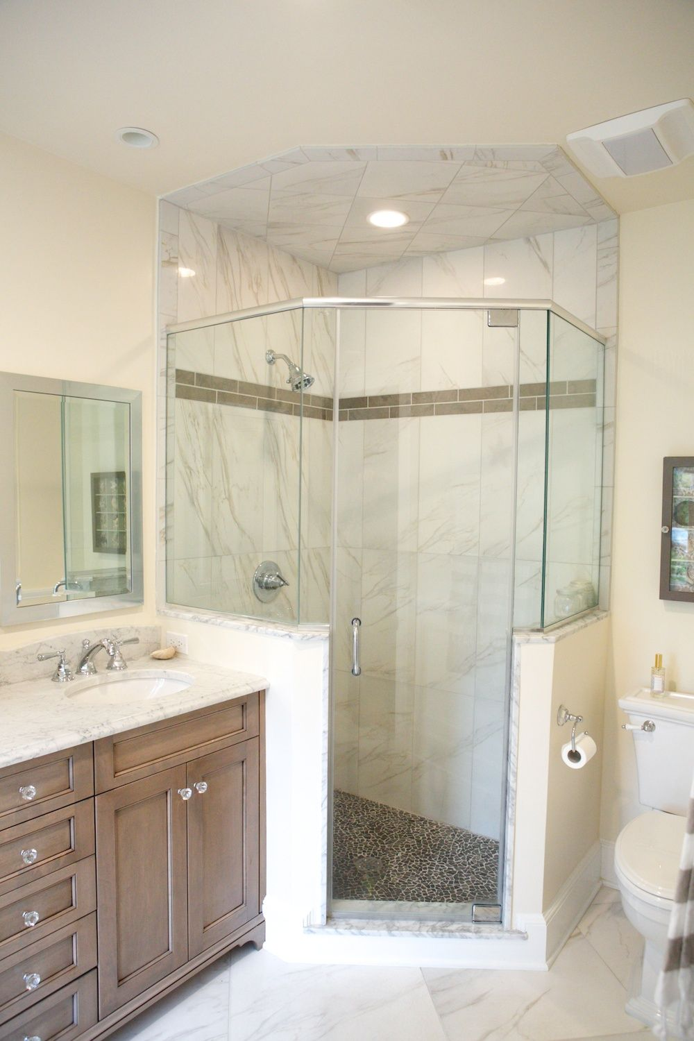 Neo-angle shower | Bathrooms | Pinterest | Neo angle shower, Half ...