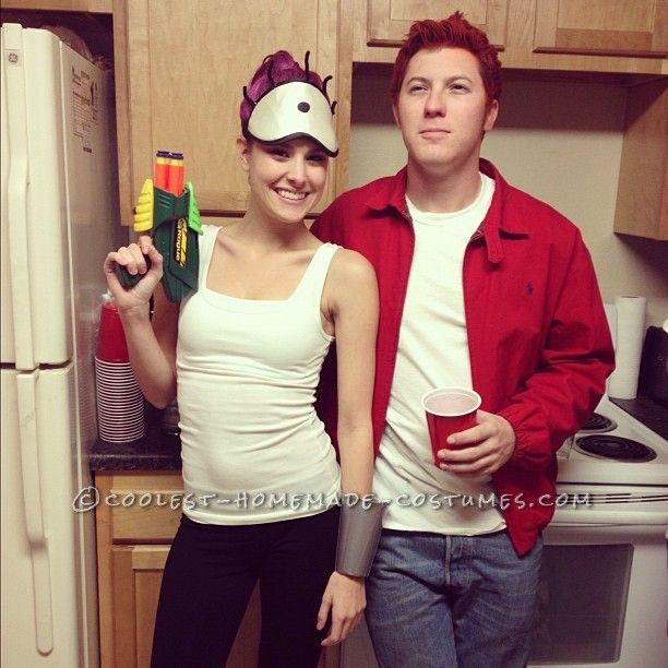 easy cheap and homemade futurama couples costume this website is the pinterest - Halloween Costume Ideas For Women Cheap And Easy
