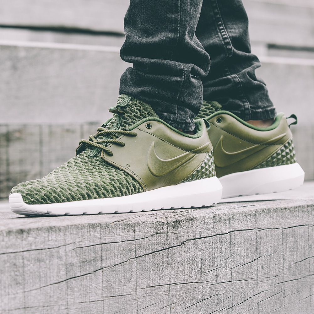Nike Roshe NM Flyknit Premium Trainer available online  in store
