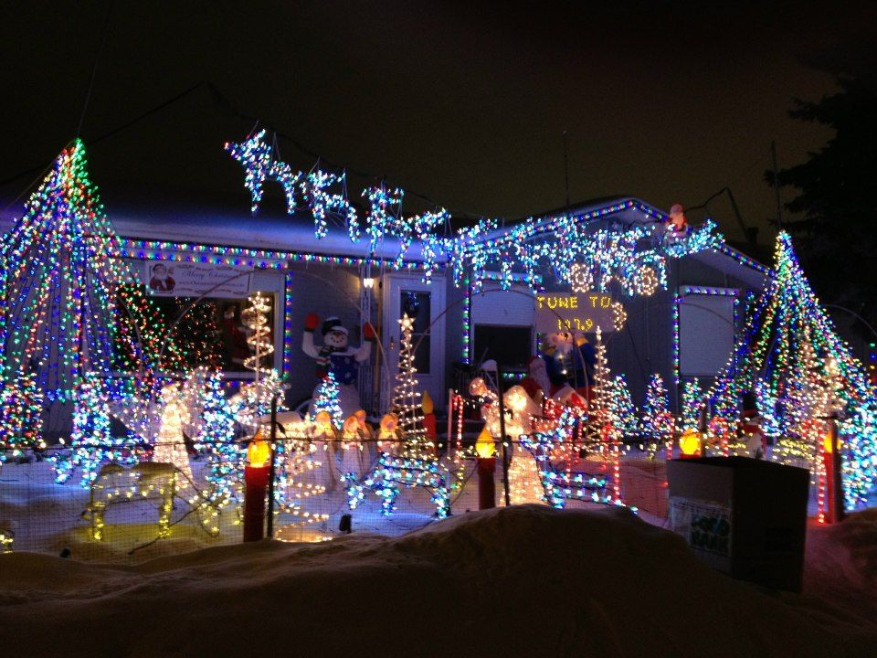 You Have To See This Christmas Light Show In Edmonton Christmas Light Show Light Show Christmas Lights