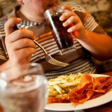 Obesità: «Mea culpa» di Coca-Cola. Azzerati gli spot rivolti ai bambini