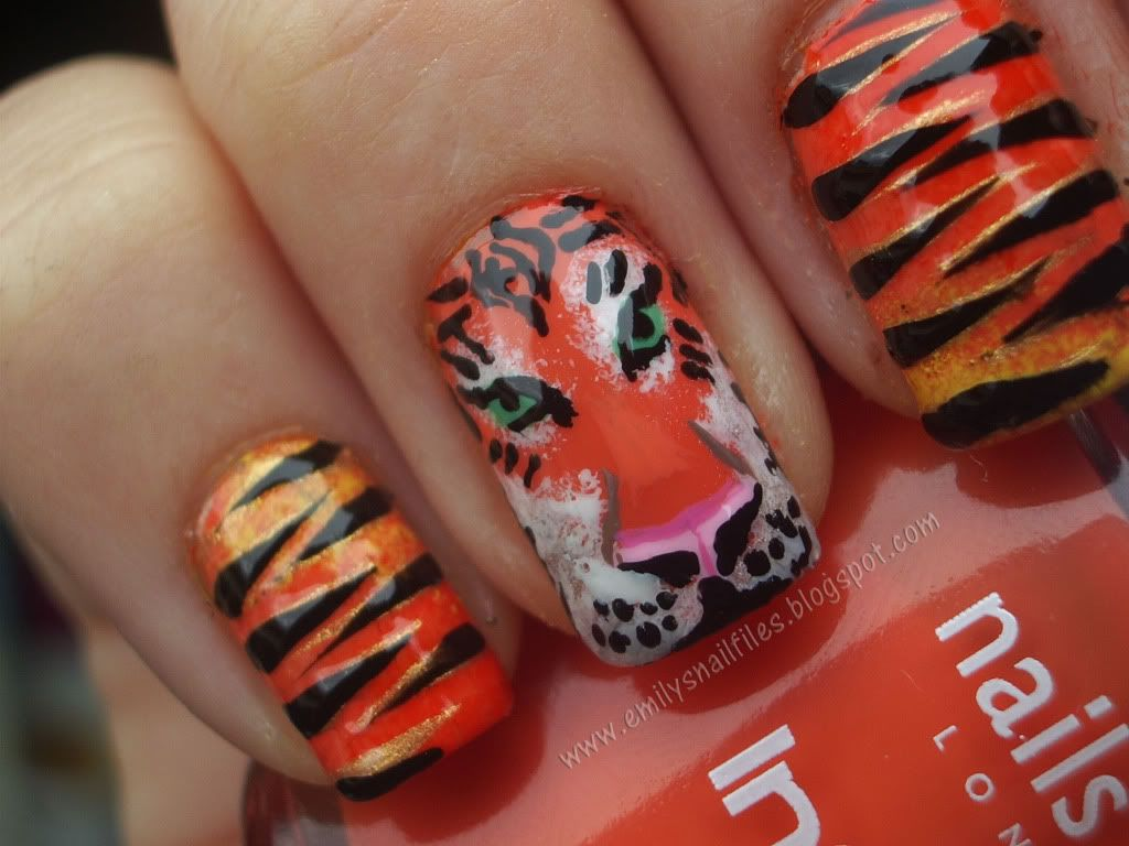 Tiger Nails. Rawr! | Tiger nails, Tigers and Nail nail