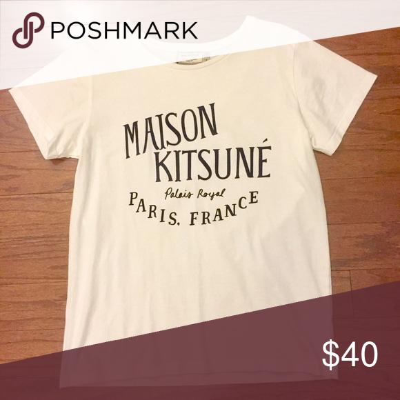 Maison Kitsune Palais Royal T-Shirt In a good condition MAISON KITSUNE Tops Tees - Short Sleeve
