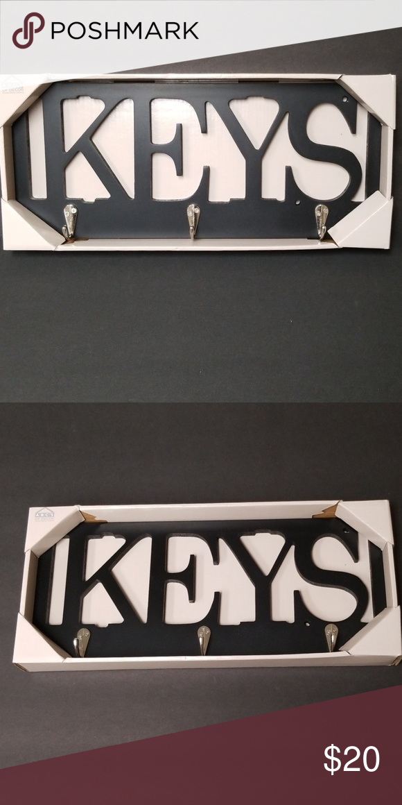 Decorative Wall Key Holder Decorative Wall Key Holder Has
