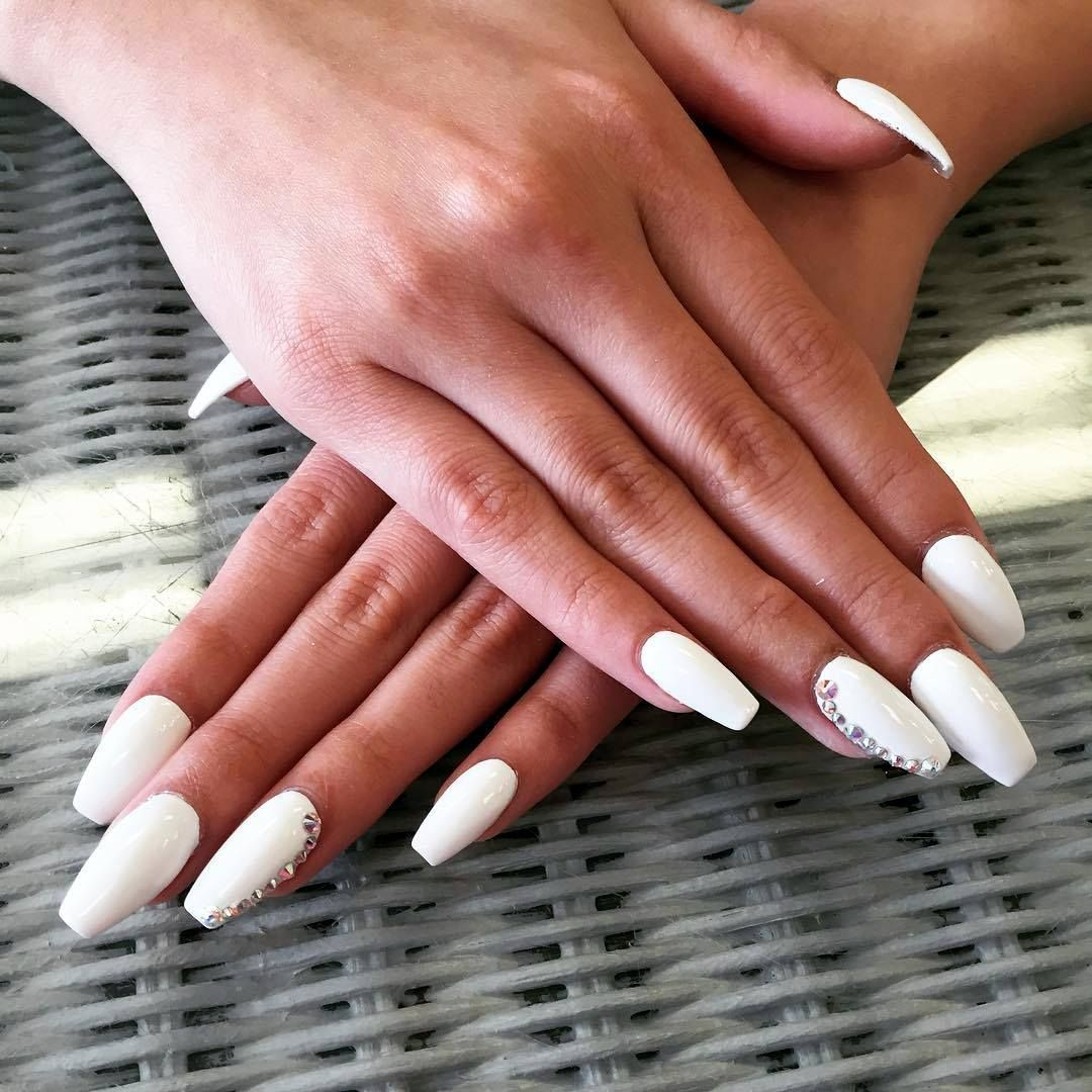 cool 25 Fancy White Coffin Nails - Bright and Fasionable Designs ...
