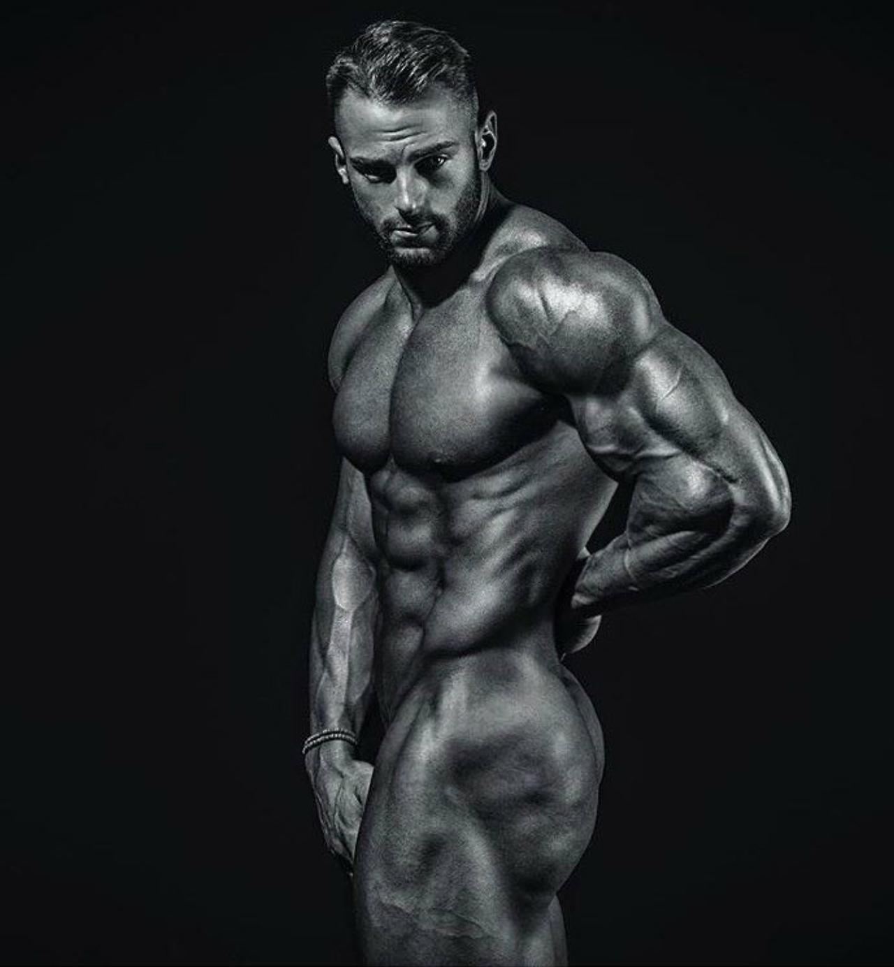 Eric Janicki   Fitness, Bodybuilding, Inspiration  for Bodybuilding Art Photography  103wja