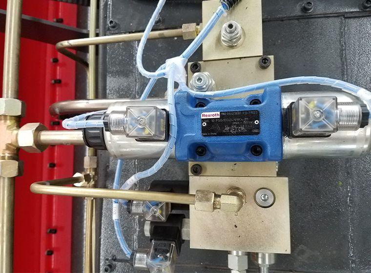 Wc67k Cnc Hydraulic Sheet Metal Press Brake Bender Machine With Da41s System 5 Sheet Metal Fabrication Metal Sheet Hydraulic Press Brake