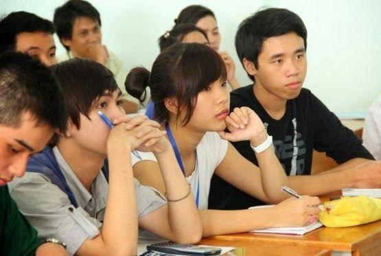 Liên thông năm 2014 những trường nhận hồ sơ tuyển sinh với đối tượng tốt nghiệp chưa đủ 36 tháng tại Hà Nội là : Kinh Tế Quốc Dân, Đại Học Thương Mại, Đại Học Điện Lực.