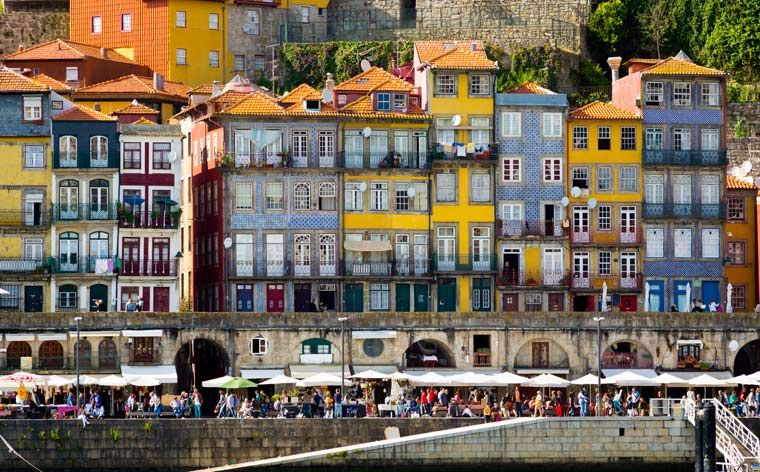 Porto beyond the port: a 3-day guide to Portugal's northern capital - via Momondo 11-07-2017 | Discover what makes Porto Europe's latest hotspot. We show you everything you need to eat, drink and see in Portugal's second largest city in just 72 hours