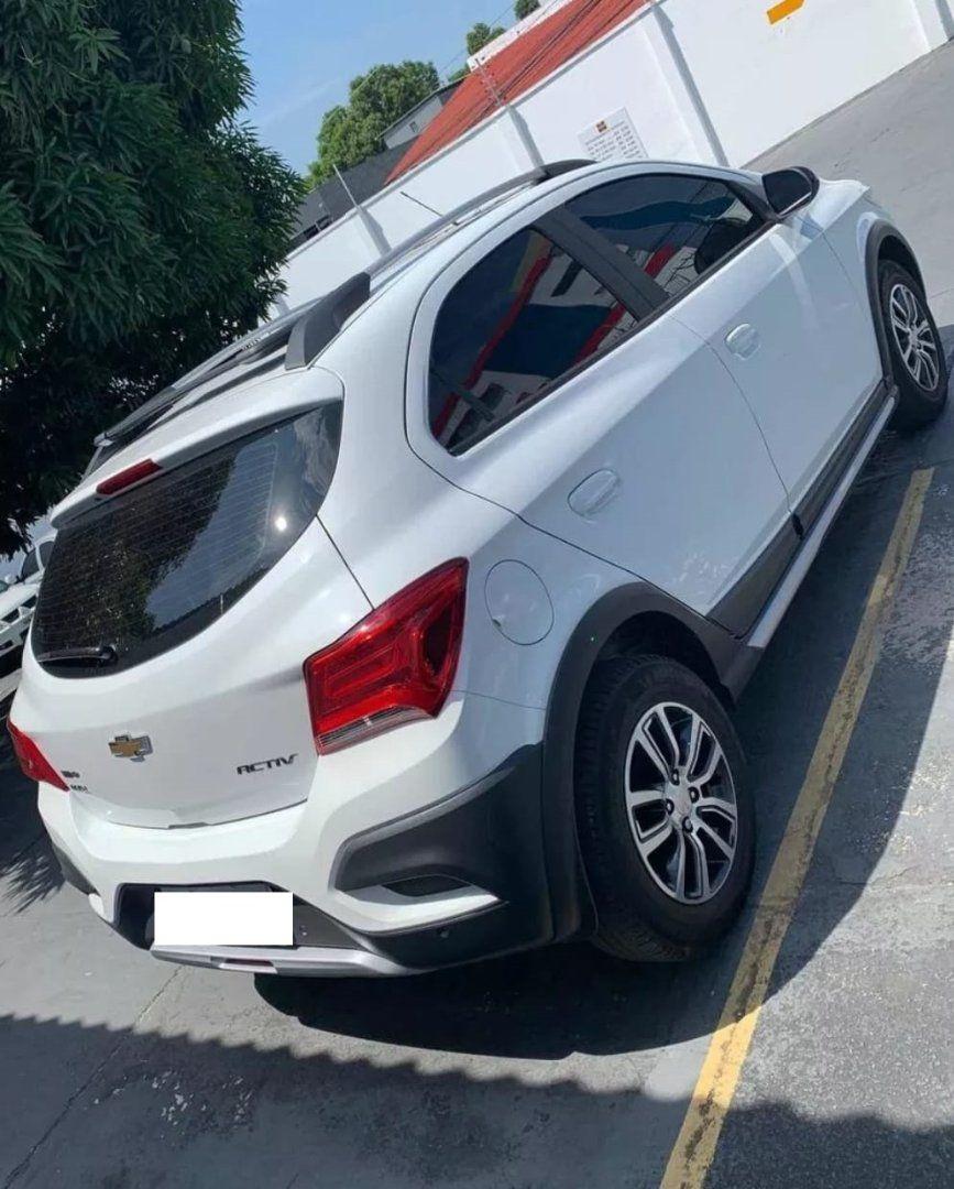 Chevrolet Onix 1 4 Activ Automatico Flex Em 2020 Carro Onix Carro Branco Onix