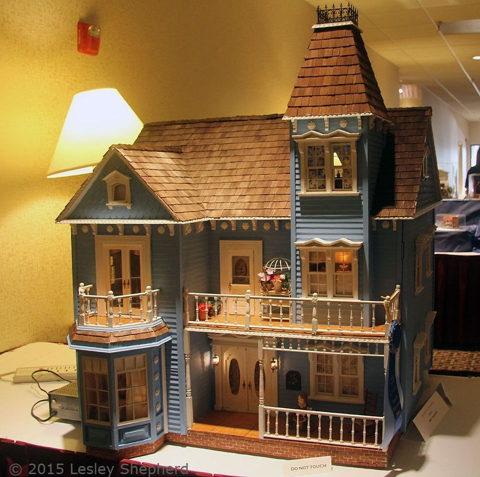 12 Free Dollhouse Plans That You Can Diy Today Doll House Plans Doll House Mini House