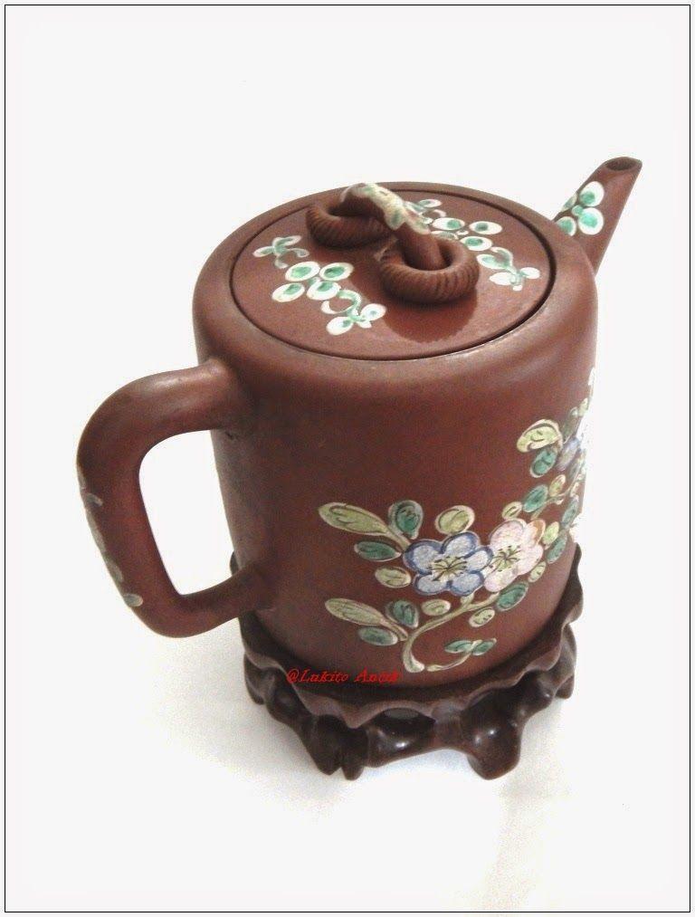 BARANG ANTIK LUKITO: Yixing Enamel Big Teapot