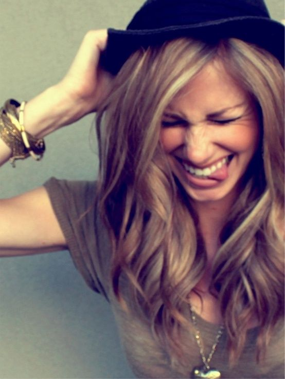 fall hair color? I like this color. I think this is close to what I have now. Too bad I still don't have the length.