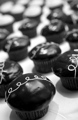 dessert, cupcake, cupcakes, Black And White, diy, black, white, cake, Berkeley , California