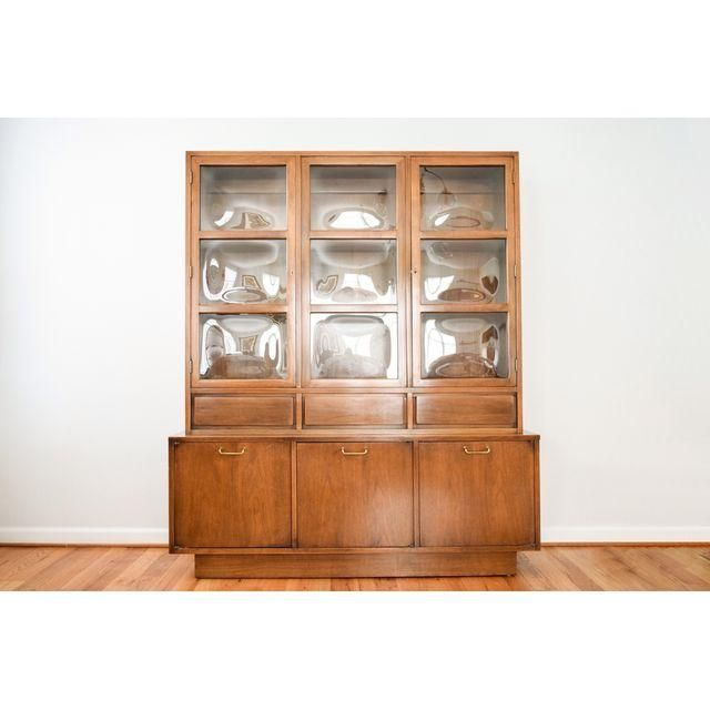 Image Of Mid Century American Martinsville China Cabinet