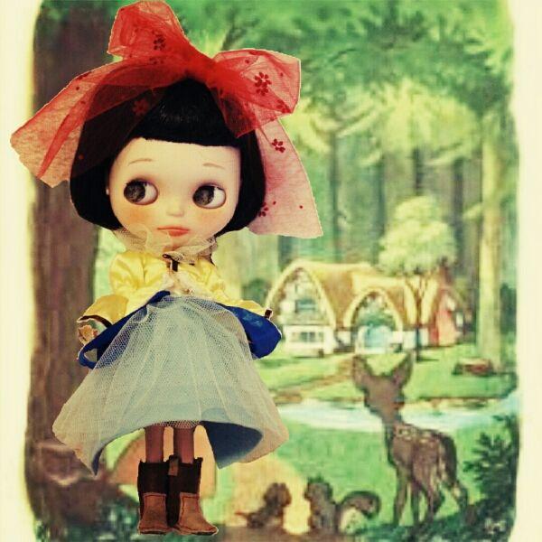Custom Blythe * freckle Snow White  Find her here:   #blythe #blythedolls #customblythe #kawaii #cute #rinkya #japan #collectibles #neoblythe