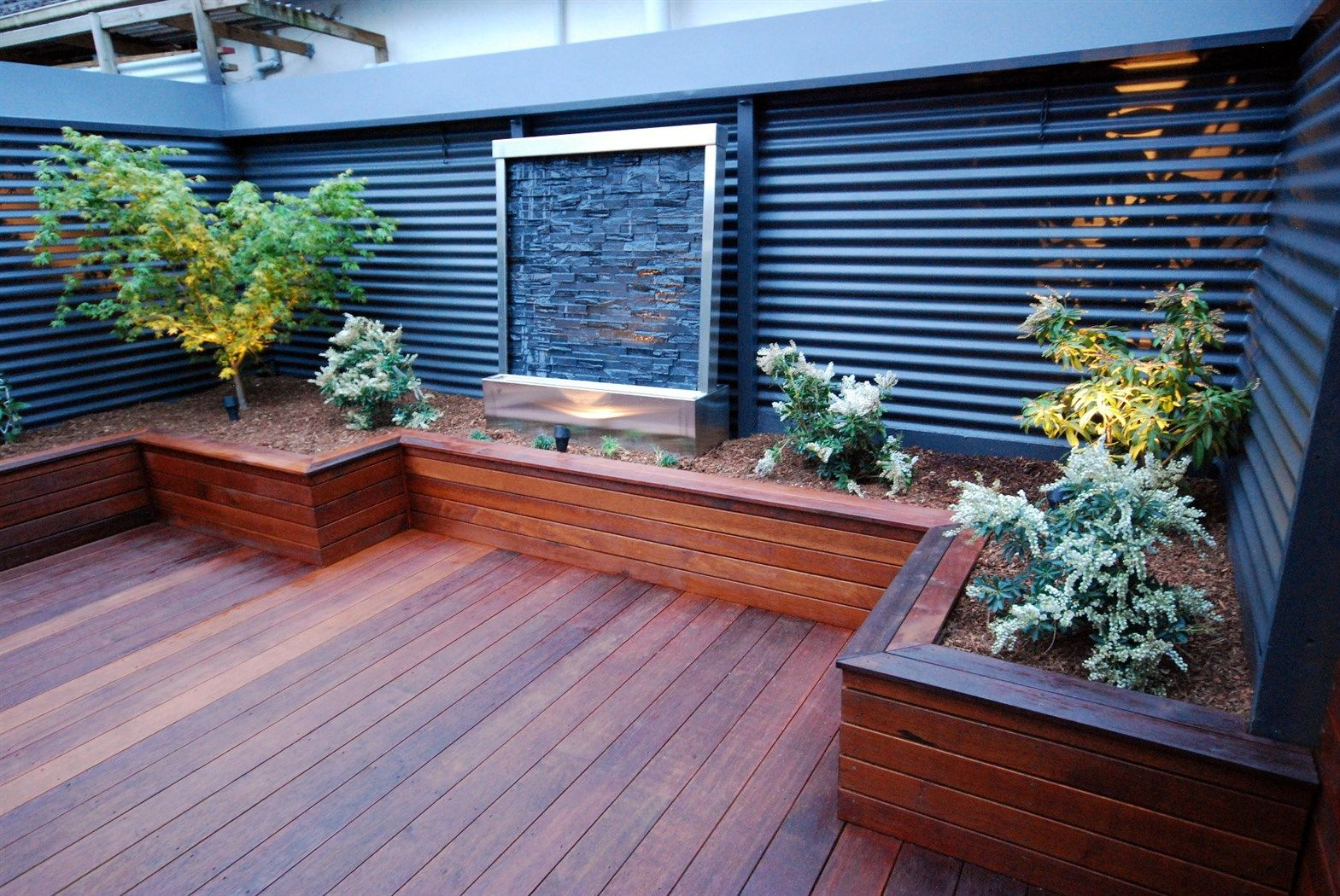 Merbau Deck With Wall Jpg Small Backyard Decks Deck Designs Backyard Decks Backyard