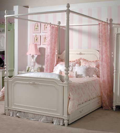 Pin By Steve S Blinds Wallpaper On Very Rosenberry Dream Girl Bedroom Dream Rooms Little Girl Rooms Girl Room