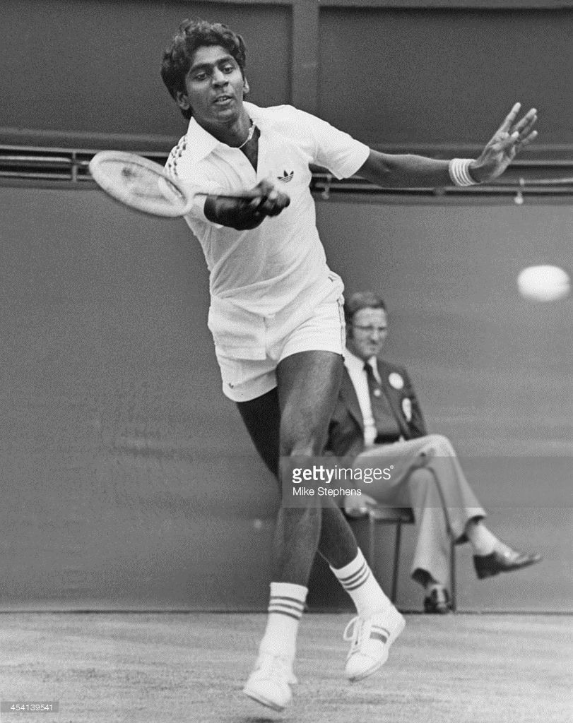 Indian Tennis Player Vijay Amritraj Competing Against The Defending Tennis Players Tennis Legends Tennis Photos