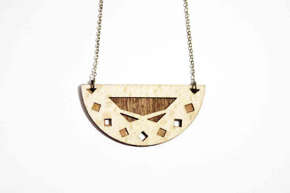 Kaia via ïu Jewellery Design - Bijoux en bois et cuir, faits main, à Paris, par Miren Lasnier. Click on the image to see more!