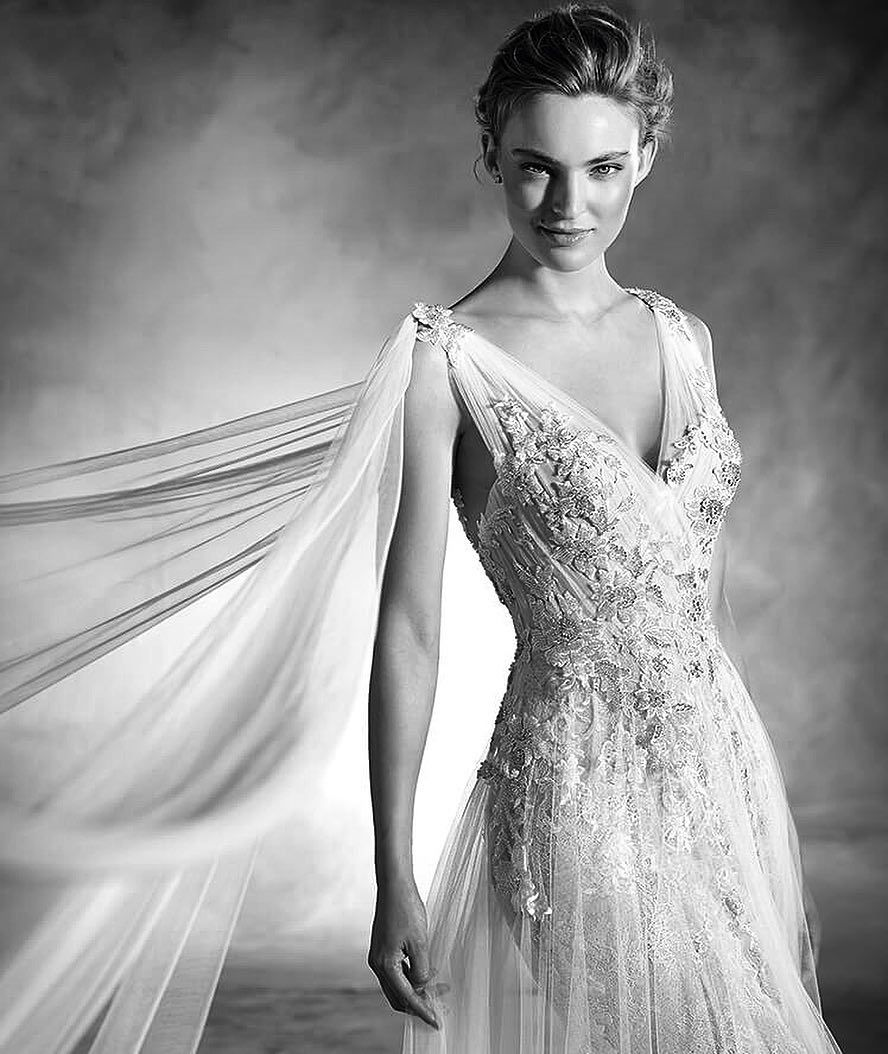 Wedding dress trunk show  Trunk Show Alert Our first Pronovias Atelier Trunk Show will be
