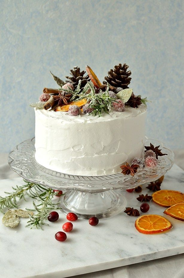 Dried Fruit Cake Decoration : Gingered Christmas Fruitcake With Rustic Decorations ...
