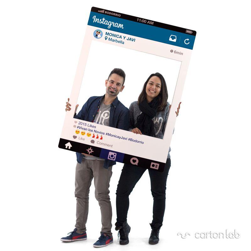 Photocall marco Instagram personalizado. Kit de iniciales de regalo. Compra online: rápido y efectivo. Ligero, resistente y 100% reciclable.