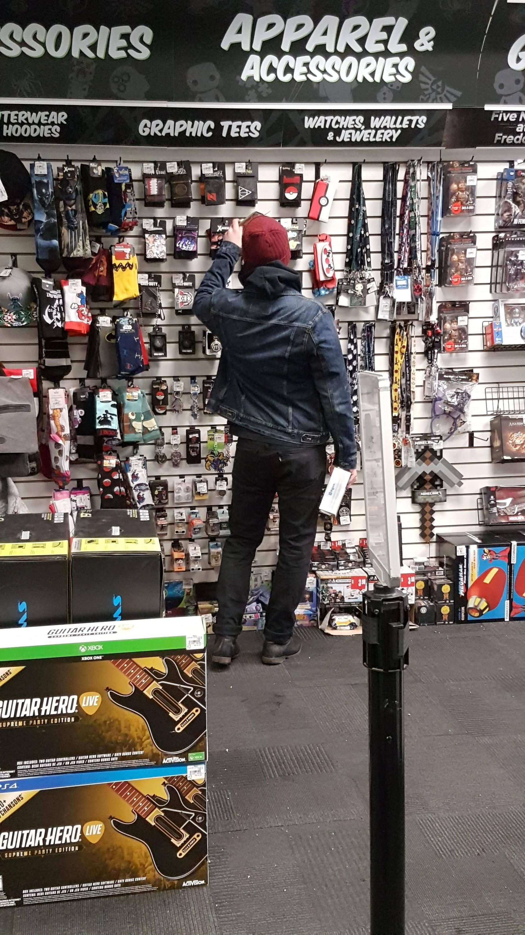 [Image] I'm pretty sure I just saw Delsin at my local Gamestop #Playstation4 #PS4 #Sony #videogames #playstation #gamer #games #gaming