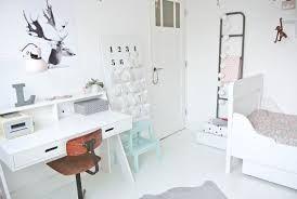 Afbeeldingsresultaat voor slaapkamer in scandinavische stijl (bureau ...