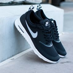 womens nike air max thea running shoes black/grey/white