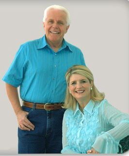 Jesse Duplantis met intelligente, vrouw Cathy