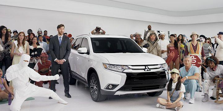 Outlander Spokespeople Tv Commercial With Images Mitsubishi