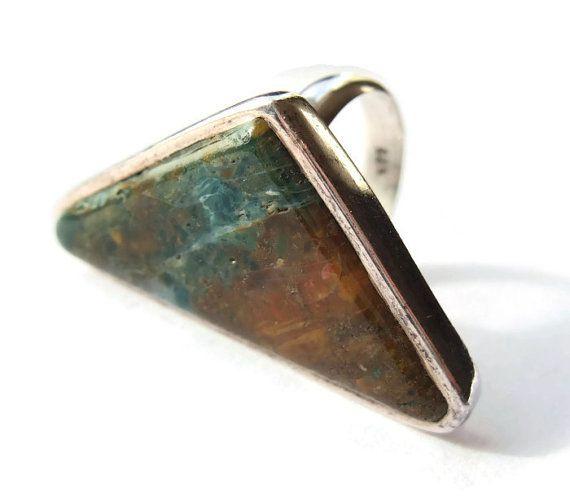 Vintage green & brown agate modernist statement ring, 925 sterling silver, triangular head. https://www.etsy.com/listing/224814207/vintage-green-brown-agate-modernist