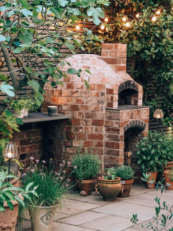 Photo of Das grünäugige Mädchen, unser Garten – der Patio-Bereich –  Das grünäugige …