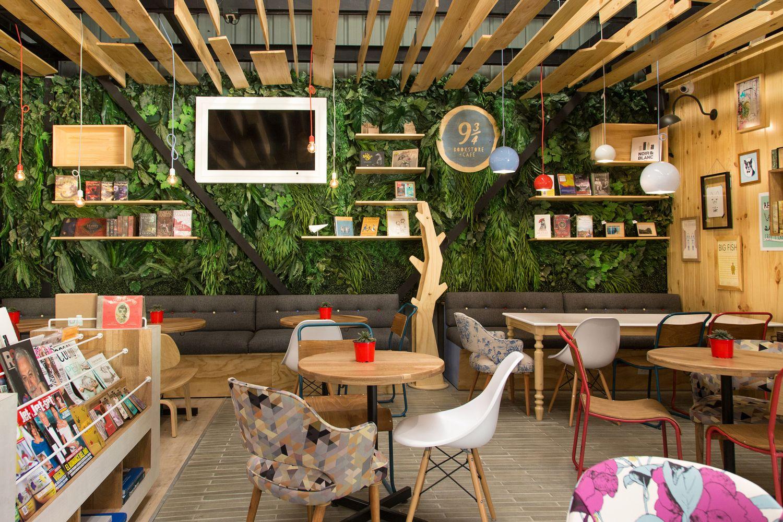 cafe mit buchladen innendesign bilder