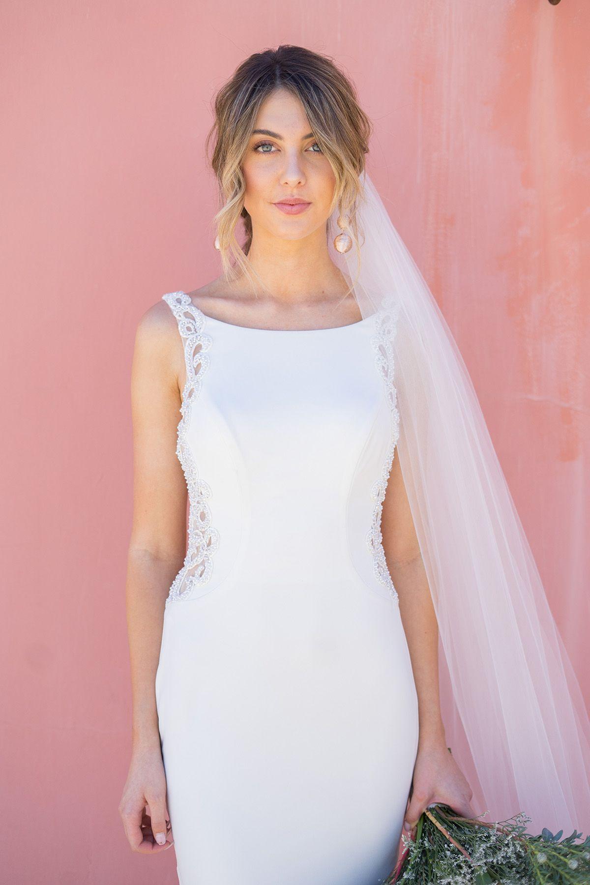 Beaded Illusion And Crepe Sheath Wedding Dress David S Bridal Illusion Wedding Dress Davids Bridal Wedding Dresses Wedding Dress Sizes [ 1800 x 1200 Pixel ]