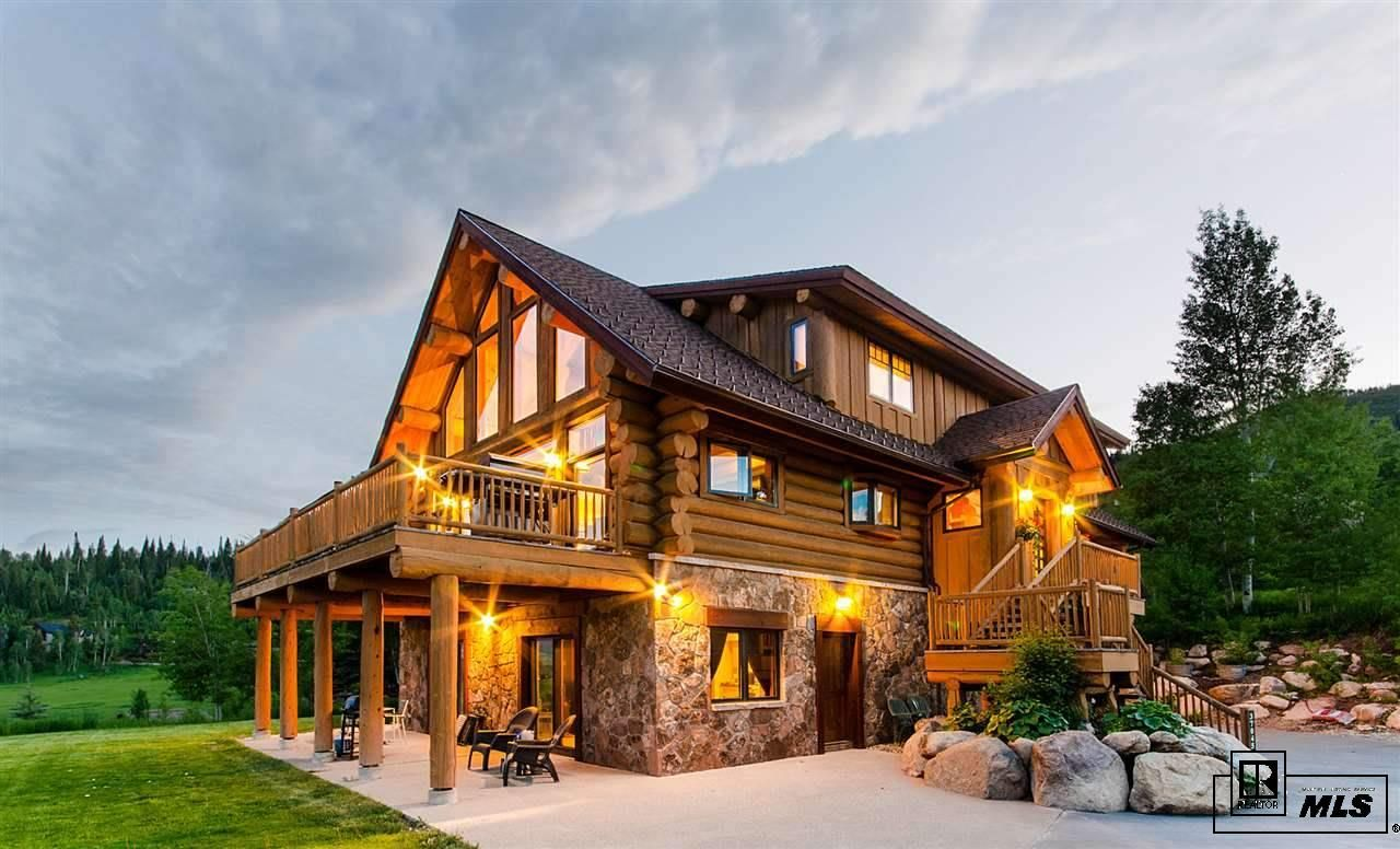 Steamboat Springs, CO Log Home with Amazing Views Log
