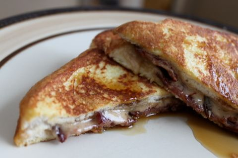 Bacon & Brown Sugar Stuffed French Toast from stolenmomentscooking.com may need to try this...