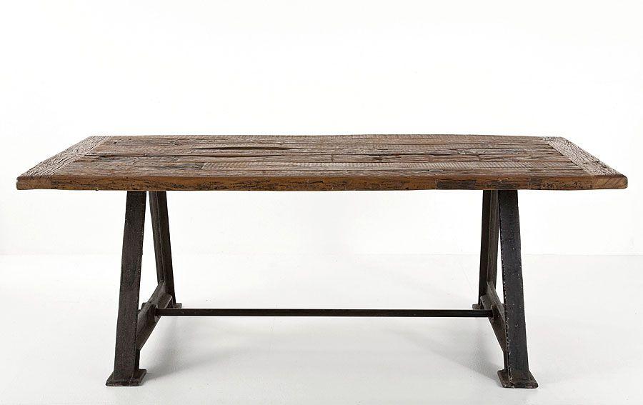 Mesa comedor railway material madera de fresno mesa for Muebles para comedores industriales
