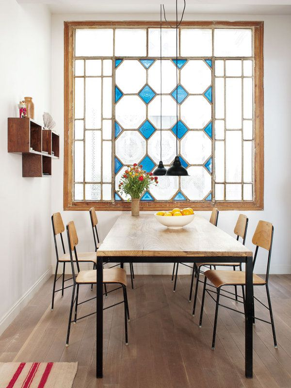 Un piso con decoraci n tnica puertas hierro y cristal - Puertas piso interior ...