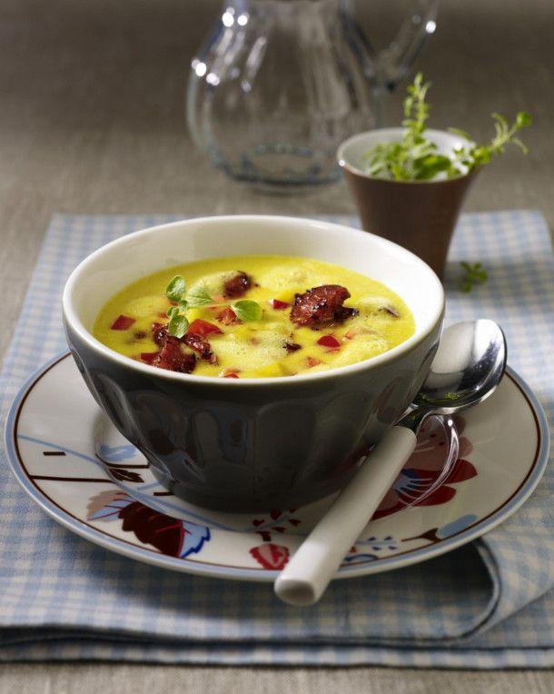 Unser beliebtes Rezept für Gelbe Paprikasuppe mit Chorizowurst und mehr als 55.000 weitere kostenlose Rezepte auf LECKER.de.