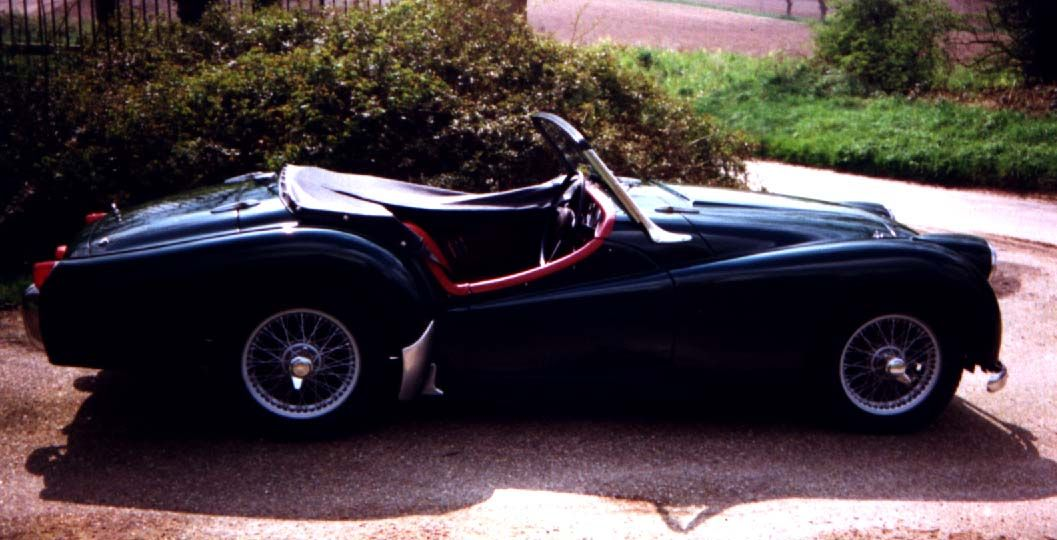 This is my Triumph TR2, 305 CMG. Not driven it for too