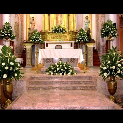 Arreglos Para El Altar Y Pasillo Iglesia Boda En 2019