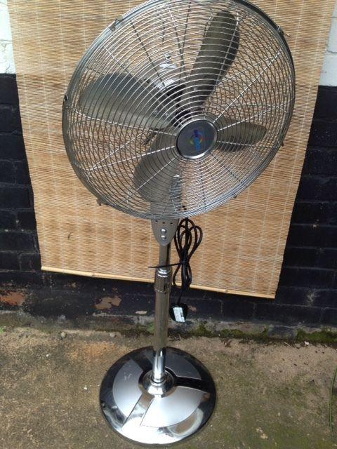 Chrome Floor Standing Pedestal Fan Oscillating 16 B Q Airforce Cooling Pedestal Fan B Q Flooring