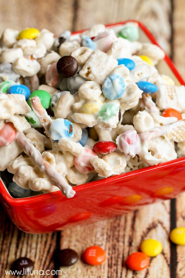 Photo of White Trash Recipe – Perfect for Parties! | Lil' Luna