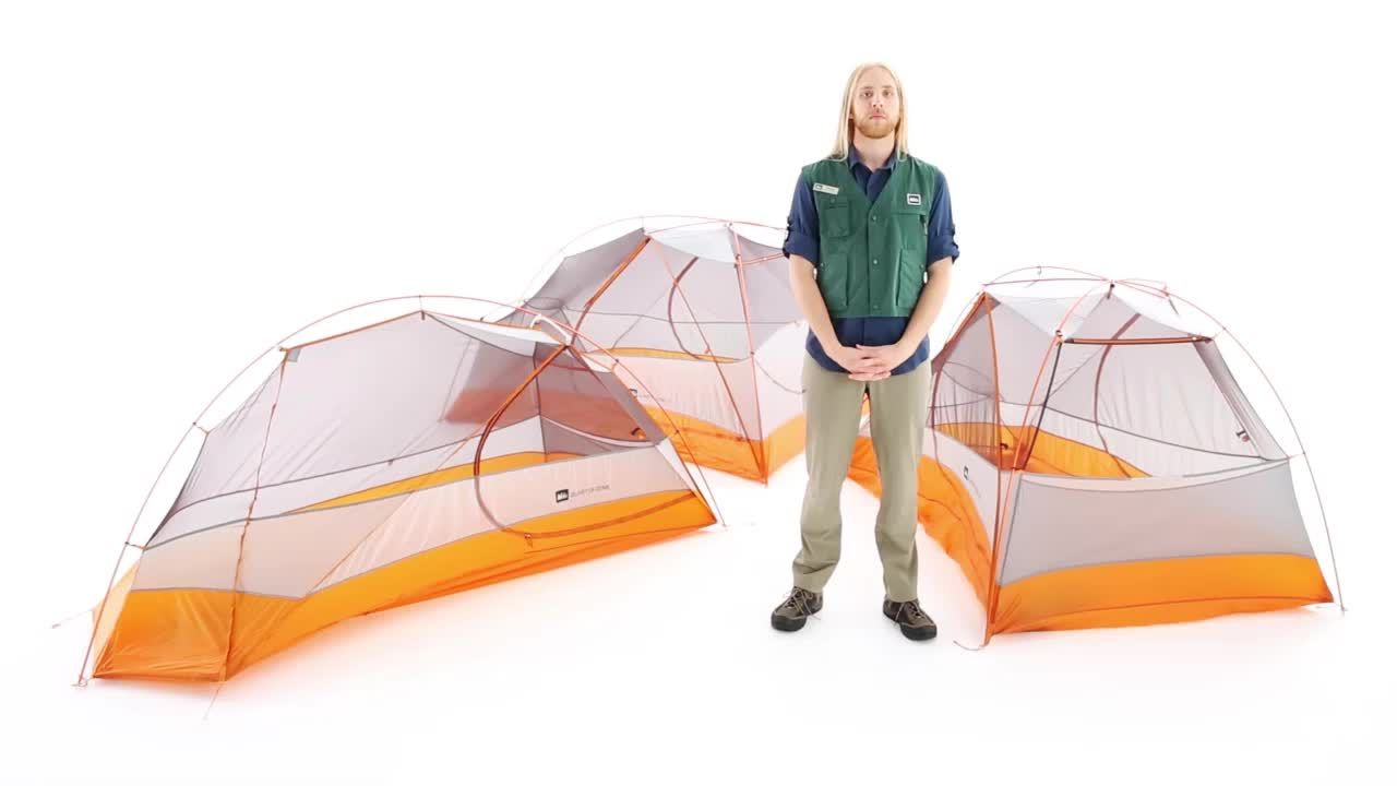 The REI Quarter Dome 1 tent uses ultralight materials and a unique design to create a lightweight backpacking tent thatu0026 roomy well ventilated and strong.  sc 1 st  Pinterest & REI Quarter Dome 1 Tent - REI.com | Ultralight Backpacking ...