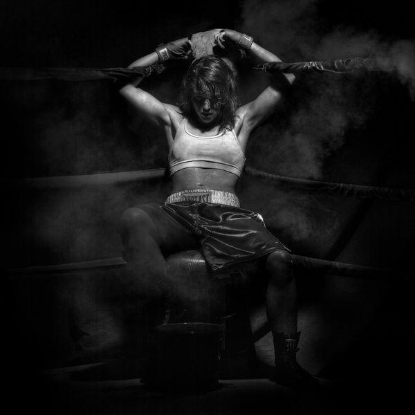 Woman Boxer | PrintedArt.com | Boxing girl, Female boxers, Boxer