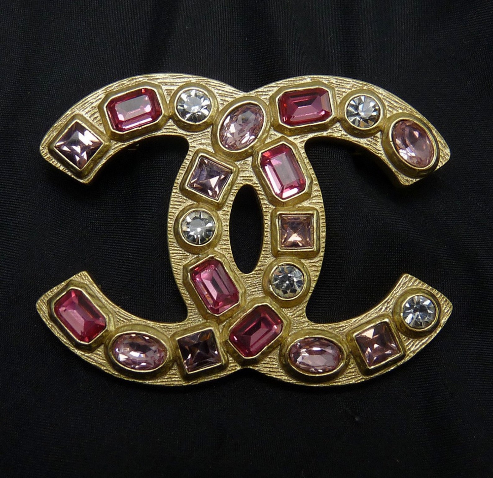 CHANEL GoldPlated CC Logo Pin with Multi Pink Stones Orig