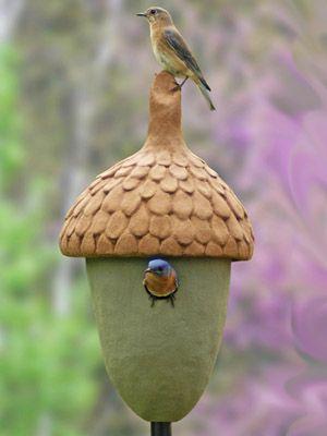 Acorn birdhouses feeders bluebird chateau garden for Acorn feeder