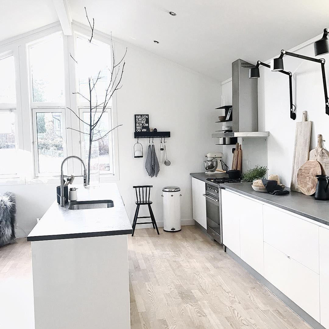 """2,998 Synes godt om, 157 kommentarer – Elin Tellefsen (@bazilicum) på Instagram: """"Kitchenlife✔️ #kitchen #kitcheninspo #kitchenideas #kjøkken #kjøkkeninspirasjon #køkken #kök…"""""""